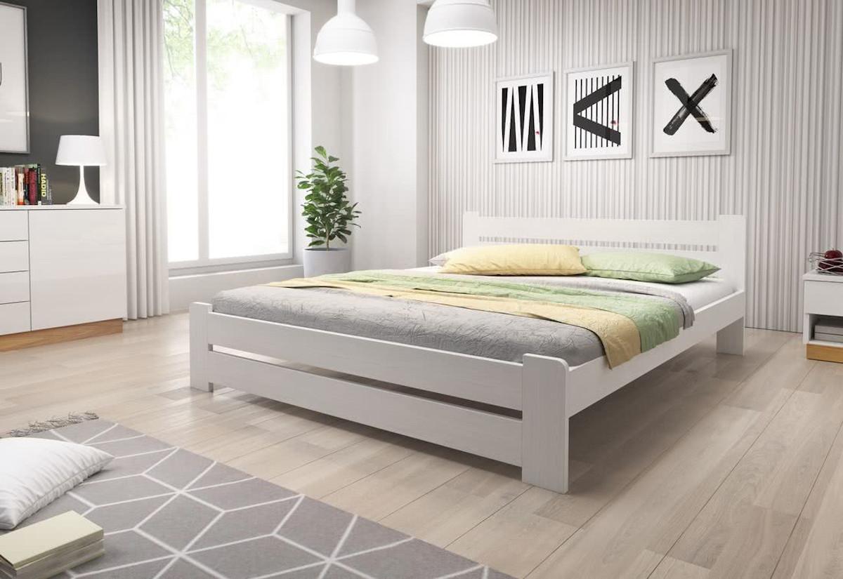 Postel HEUREKA + pěnová matrace DE LUX 14 cm + rošt 140 x 200 cm, bílá