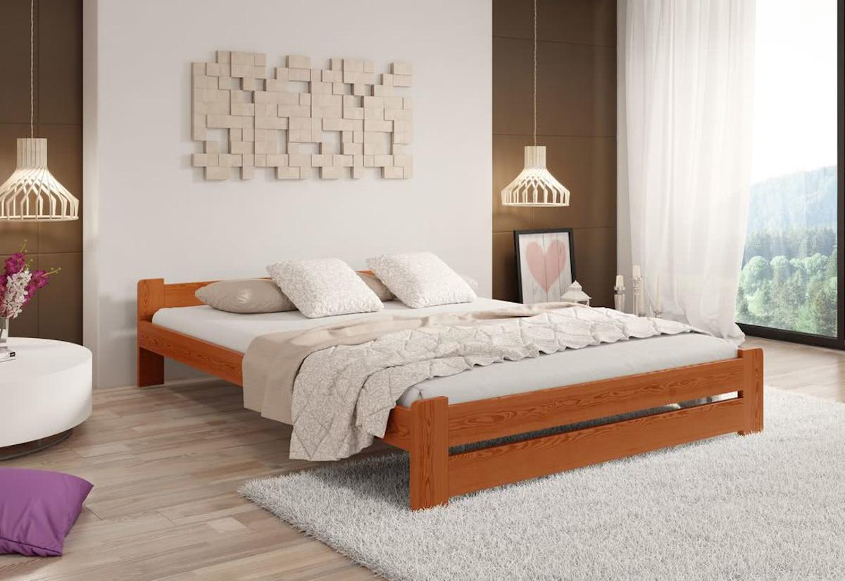 Postel z masivu HERA + sendvičová matrace MORAVIA + rošt, 180 x 200 cm, olše-lak
