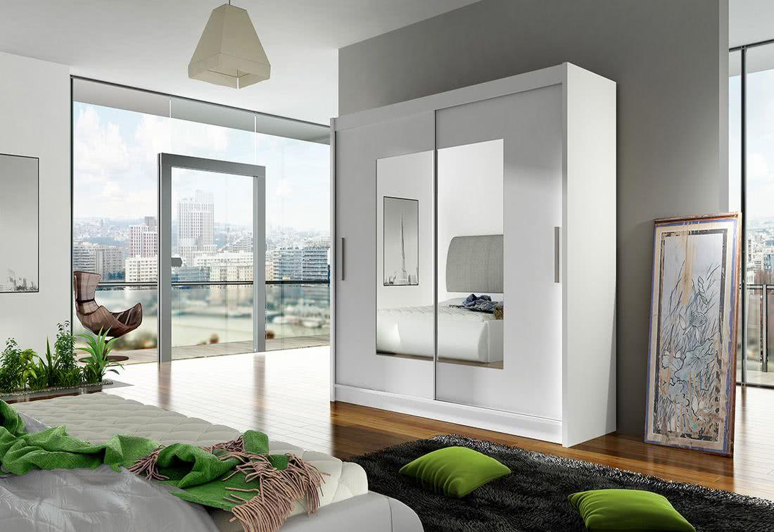 Posuvná šatní skříň CARLA VII se zrcadlem, 180x215x57, bílá mat