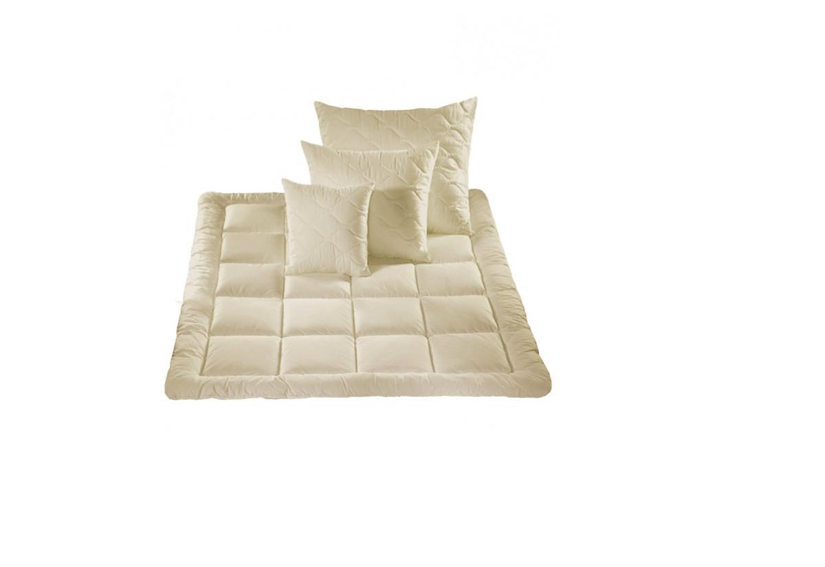 Komplet GUSTI z ovčí vlny - antialergická deka + polštář